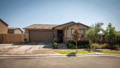 Clovis CA Single Family Home For Sale: $284,500