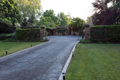 Fresno Single Family Home For Sale: 5137 N Van Ness Boulevard