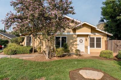Fresno Condo/Townhouse For Sale: 3700 W Barstow Avenue #132