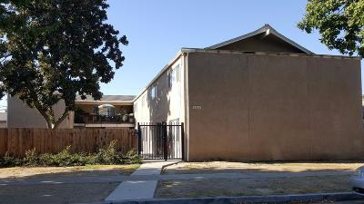 Clovis, Fresno, Sanger Multi Family Home For Sale: 3338 E Sierra Madre Avenue