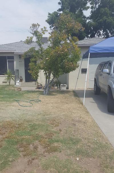 Clovis Single Family Home For Sale: 419 Dennis Drive
