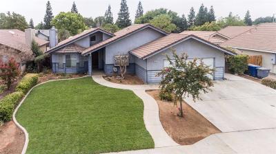 Clovis Single Family Home For Sale: 2474 Escalon Avenue