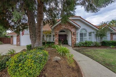 Fresno Single Family Home For Sale: 10676 N Coronado Circle