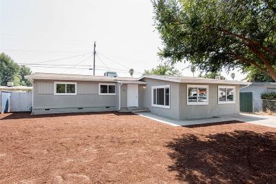 Clovis Single Family Home For Sale: 216 Mitchell Avenue