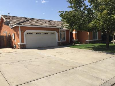 Selma CA Single Family Home For Sale: $284,500