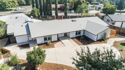 Fresno Single Family Home For Sale: 1424 W Roberts Avenue