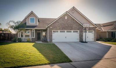 Sanger Single Family Home For Sale: 10 Lily Avenue