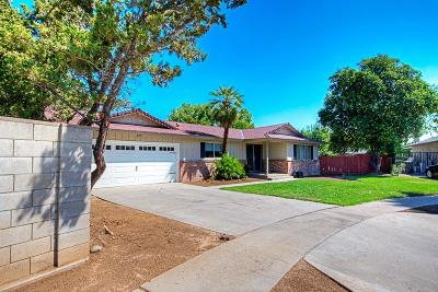 Fresno Single Family Home For Sale: 6462 N Palm (Frontage Road Culdesac) Avenue
