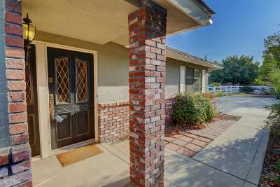 Clovis Single Family Home For Sale: 9180 E Mesa Avenue