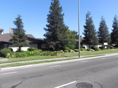 Clovis Condo/Townhouse For Sale: 1645 Willow Avenue