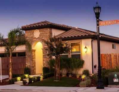 Fresno Single Family Home For Sale: 11656 N Via Venitzia Avenue