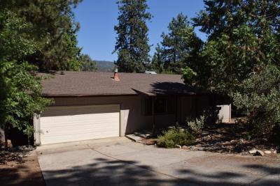 Oakhurst CA Single Family Home For Sale: $219,900