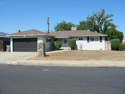 Clovis Single Family Home For Sale: 801 W San Gabriel Avenue