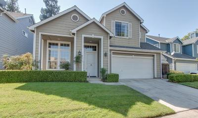 Fresno Single Family Home For Sale: 1051 E Monticello Circle