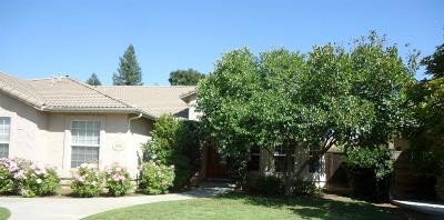 Kingsburg CA Single Family Home For Sale: $479,900