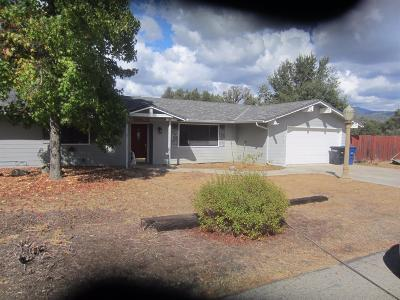 Ahwahnee CA Single Family Home For Sale: $240,000