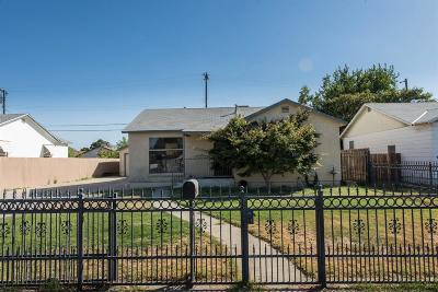 Fresno Single Family Home For Sale: 2240 Norris Drive W