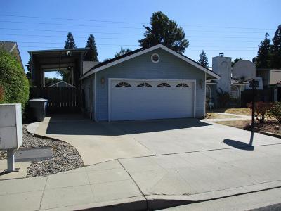 Clovis Single Family Home For Sale: 2346 Escalon Avenue