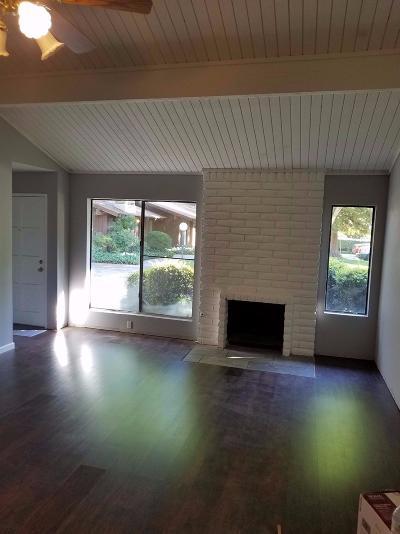 Fresno Condo/Townhouse For Sale: 4873 E Butler Avenue #102