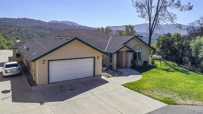 Oakhurst CA Single Family Home For Sale: $390,000
