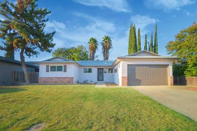 Clovis Single Family Home For Sale: 895 W National Avenue