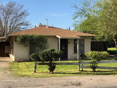 Dinuba Single Family Home For Sale: 148 E Nebraska