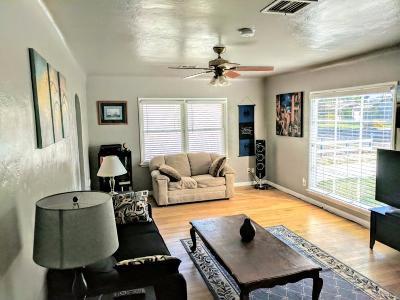 kingsburg Single Family Home For Sale: 1725 Union Street