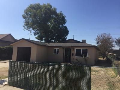 Selma CA Single Family Home For Sale: $167,900