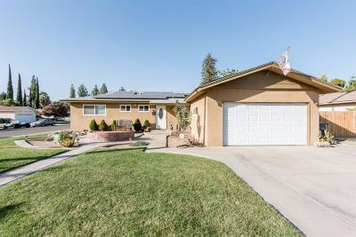 Clovis Single Family Home For Sale: 699 W Pat Drive