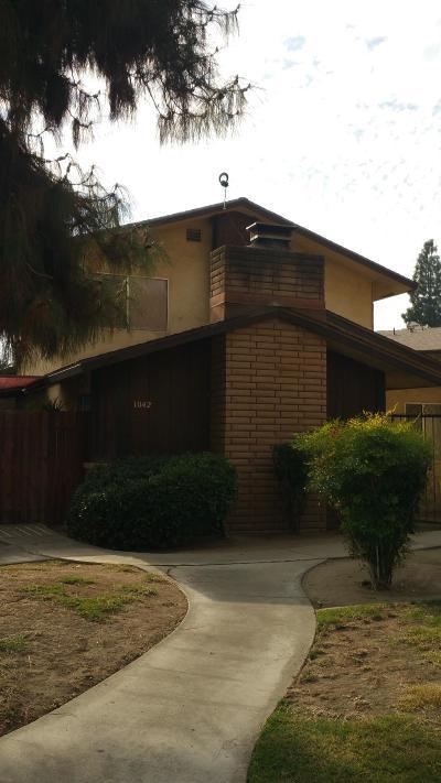 Clovis Multi Family Home For Sale: 1042 Adler Drive