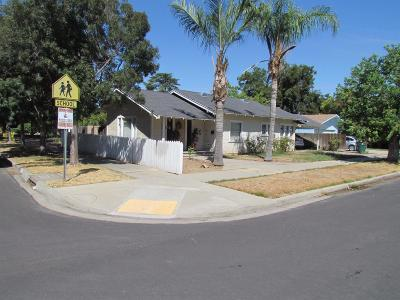 Reedley Single Family Home For Sale: 856 E Street