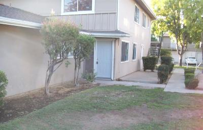 Fresno County Condo/Townhouse For Sale: 4985 N Holt Avenue #103