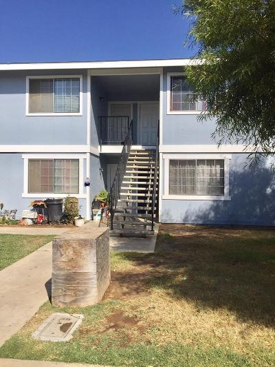 Reedley Multi Family Home For Sale: 998 E Palm Avenue