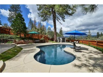 Oakhurst Single Family Home For Sale: 49649 Meadowwood Road