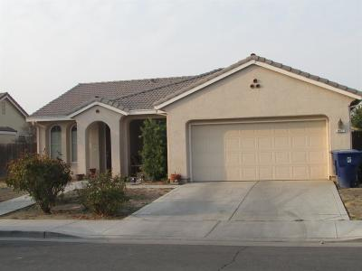 Madera Single Family Home For Sale: 947 Stanford Avenue