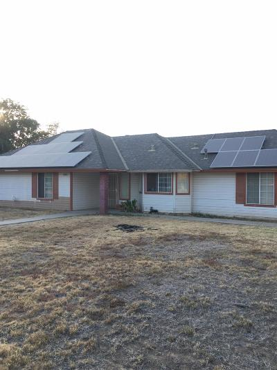Madera Single Family Home For Sale: 18554 Ridgedale Drive