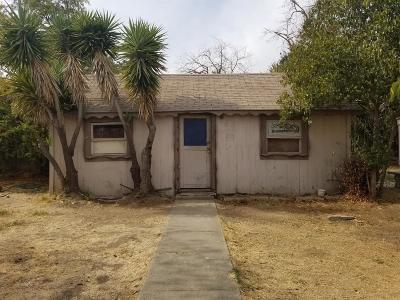 Madera Single Family Home For Sale: 116 Grove Street