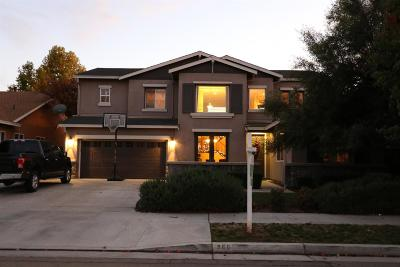 Dinuba Single Family Home For Sale: 966 E Bellis