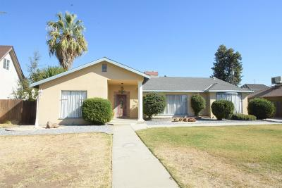 Dinuba Single Family Home For Sale: 436 N Bates Avenue