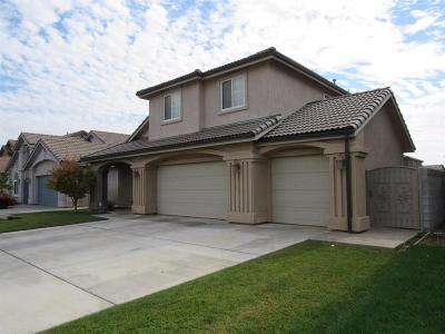 Madera Single Family Home For Sale: 2662 Kimberly Drive