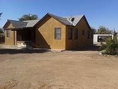 Avenal CA Single Family Home For Sale: $144,000