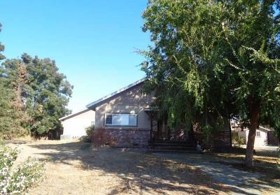 Sanger Single Family Home For Sale: 1286 S Frankwood Avenue
