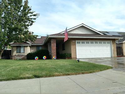 Clovis Single Family Home For Sale: 3237 Renn Avenue