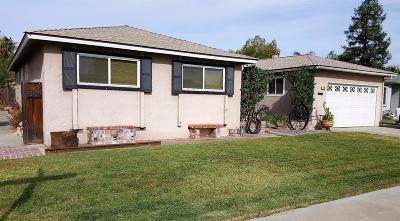 Clovis Single Family Home For Sale: 393 W Ashcroft Avenue
