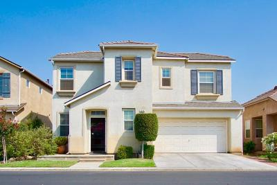 Clovis Single Family Home For Sale: 679 W Lisbon Lane