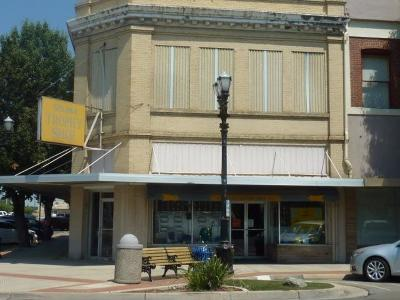 Selma Commercial For Sale: 2001 2nd Street Street