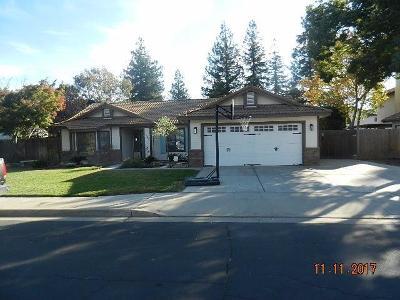 Clovis Single Family Home For Sale: 2560 Purvis Avenue