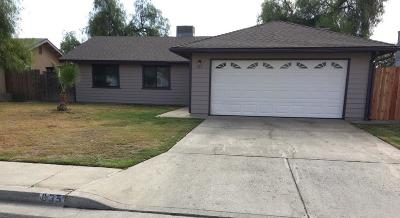 Hanford Single Family Home For Sale: 835 Sherry Court