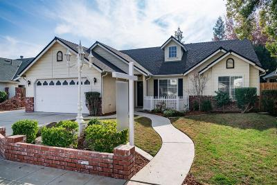 Clovis Single Family Home For Sale: 248 Oak Avenue