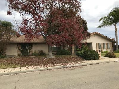 Kingsburg Single Family Home For Sale: 2511 Winter Street